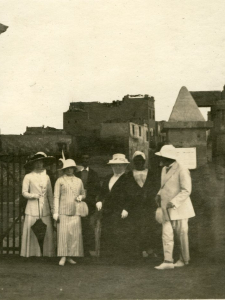 James and Laura Dunsmuir in Egypt
