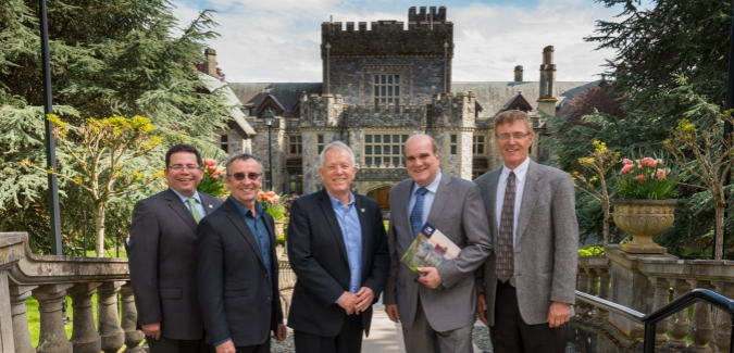Royal Roads and Brookes Westshore sign MOU