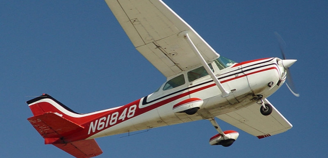 Win a flight over Victoria to benefit the United Way.